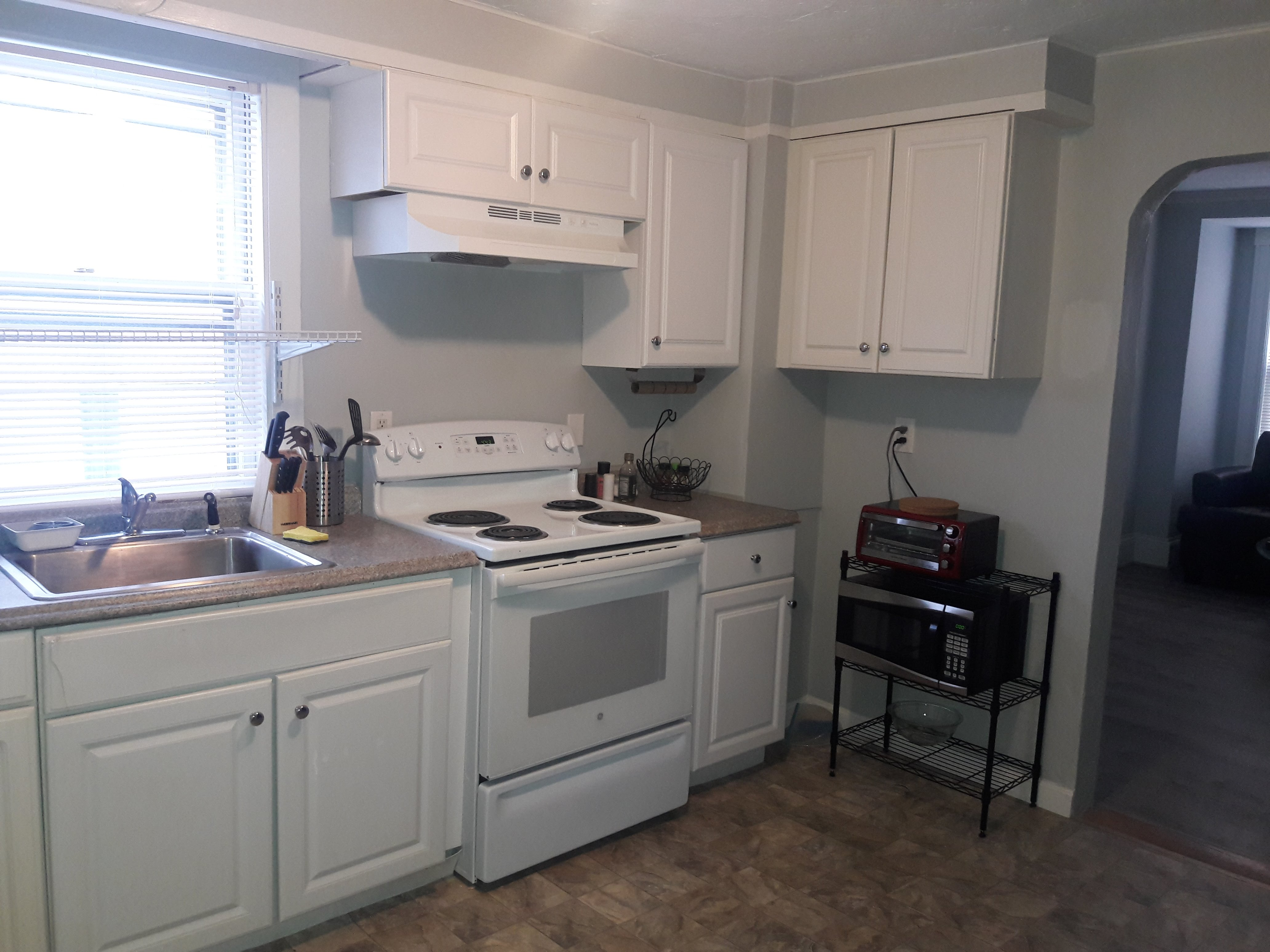 It Is Located On Quincy Bay Within 2 Mints Walk To Wollaston Beach Along  Quincy Shore Drive. With A Living Room,Dinning Room, Kitchen And ...